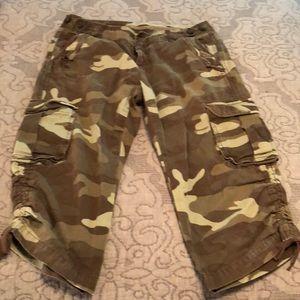 0b84bd9640c4c Women Army Camo Pants on Poshmark